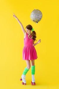 DIY-Roller-Disco-Costume-600x900